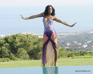 kelly-rowland-summer-dreaming-video-shoot-maria-grachvogel-rainbow-phoenix-gown-glamazons-blog-4