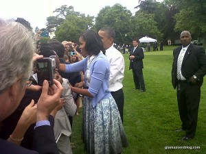 michelle-obama-boy-by-band-of-outsiders-blue-floral-ombre-dress-president-barack-obama-white-house-glamazons-blog-3