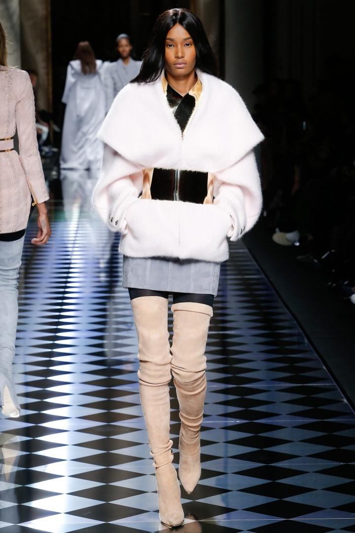 Balmain-Fall-2016-Fur-Coat-Fashion-Glamazonsblog