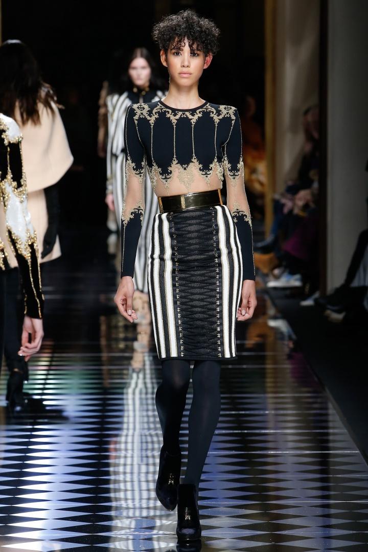 Balmain-Fall-2016-Laced-Skirt-Embellished-Lace-Top-Fashion-Glamazonsblog