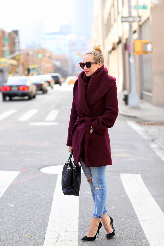 Brooklyn-Blonde-Robe-Coat-Fall-Outerwear-Trend-Glamazonsblog