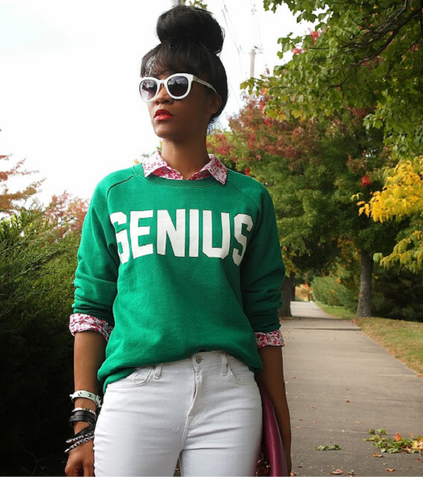 Closet-Fix-Genius-Slogan-Sweatshirt-Fall-Trend-Fashion-Glamazonsblog