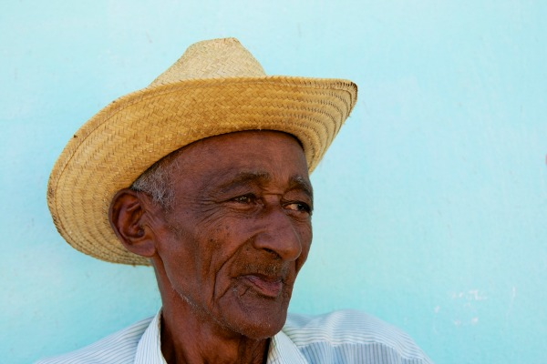 Dark-Man-in-Straw-Hat-Trinidad-Cuba-Copyright-2013-Ralph-Velasco