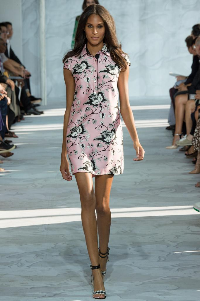 Diane-von-Furstenberg-Spring-2015-Collection-NYFW-Pastel-Pink-Floral-Shirtdress-Glamazonsblog