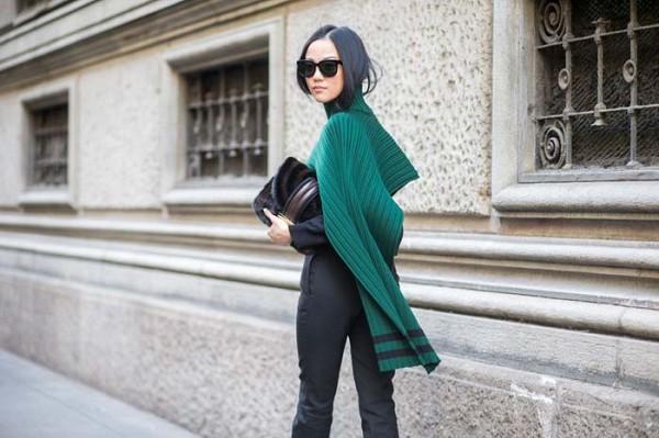 Green-Textured-Shawl-Black-Suit-Glamazonsblog