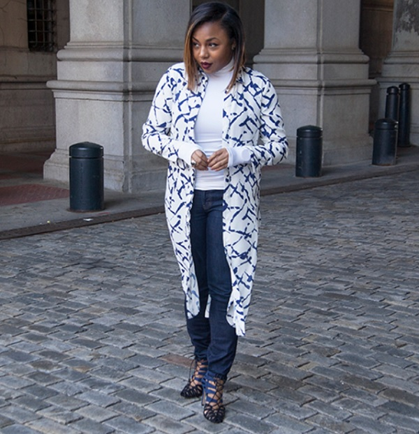 Kela-Walker-Kelas-Kloset-Shirt-Dress-Duster-Layers-Blue-Jeans-White-Turtleneck-Spring-Trend-Glamazonsblog
