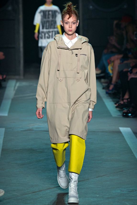 Marc-by-Marc-Jacobs-Spring-2015-NYFW-Hooded-Outerwear-Glamazonsblog