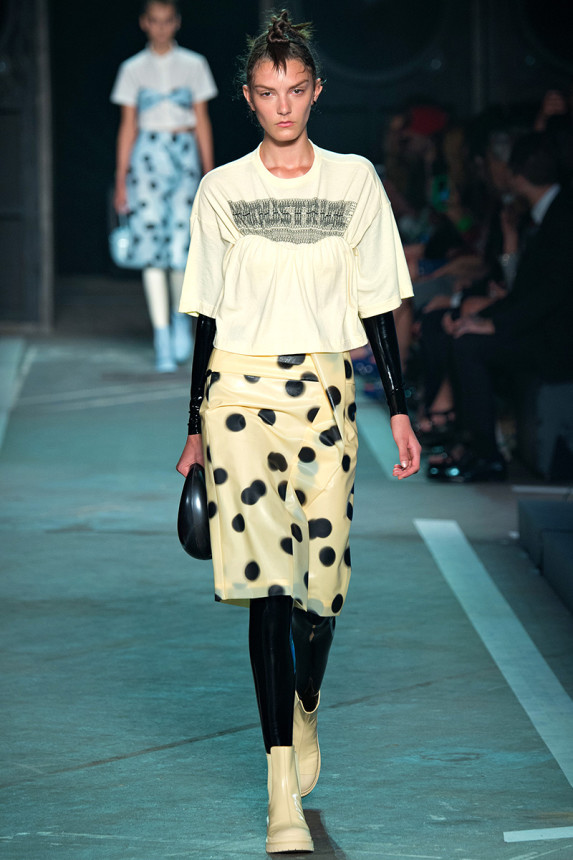 Marc-by-Marc-Jacobs-Spring-2015-NYFW-Latex-Bodysuit-Polka-Dot-Plastic-Skirt-Glamazonsblog