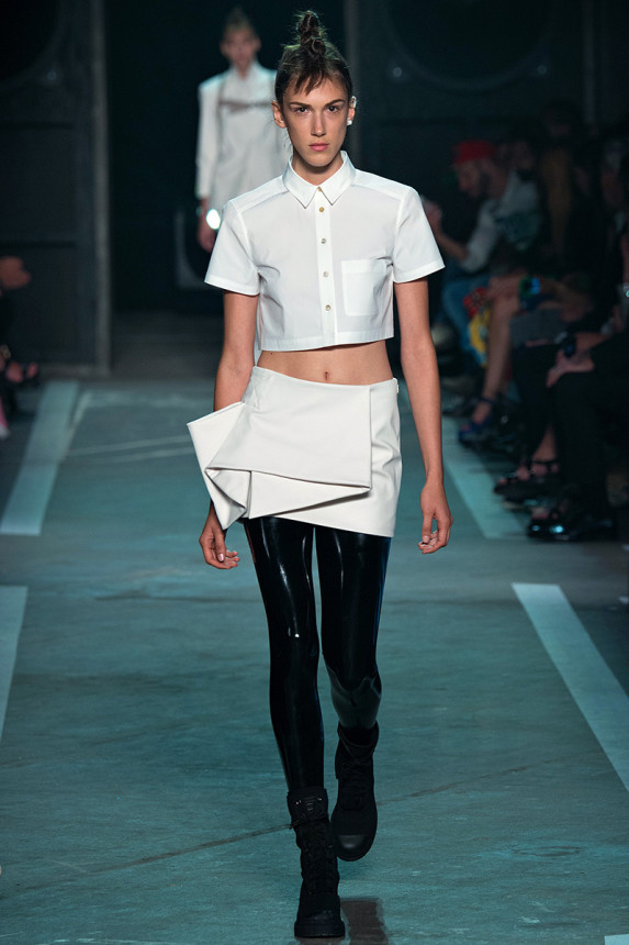 Marc-by-Marc-Jacobs-Spring-2015-NYFW-Menswear-Crop-Top-Asymmetrical-Skirt-Glamazonsblog