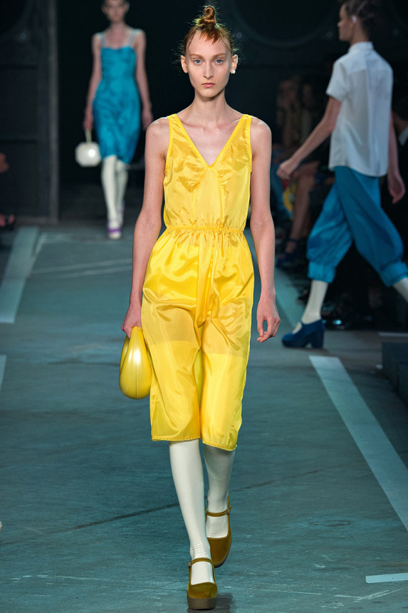 Marc-by-Marc-Jacobs-Spring-2015-NYFW-Yellow-Halter-Dress-Platform-Mary-Janes-Glamazonsblog
