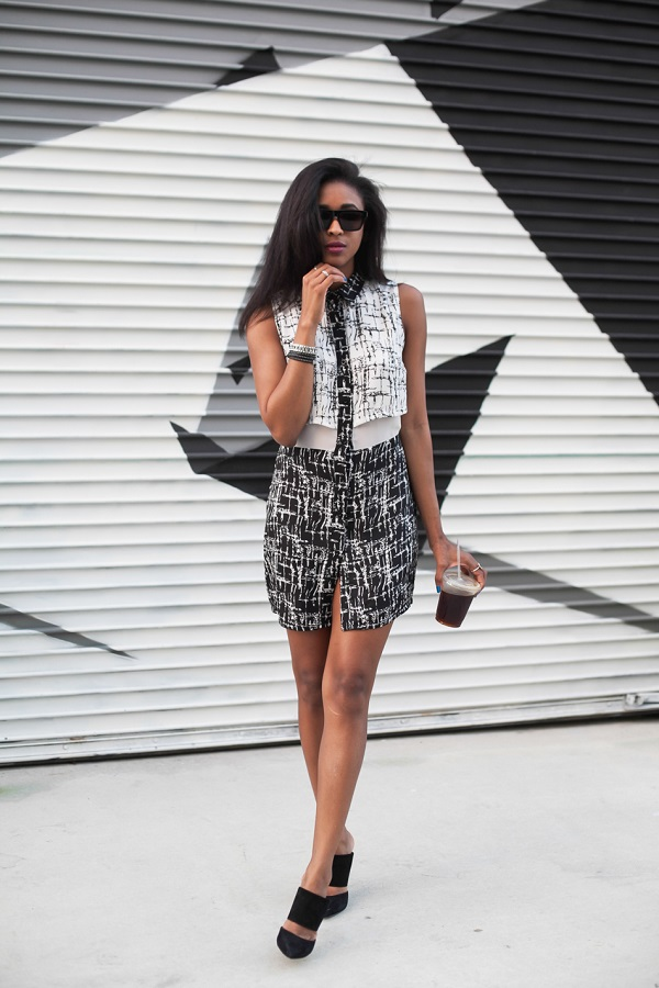 Ria-Michelle-Black-and-White-Abstract-Shirt-Dress-Black-Structured-Mules-Sunglasses-Spring-Trend-Glamazonsblog