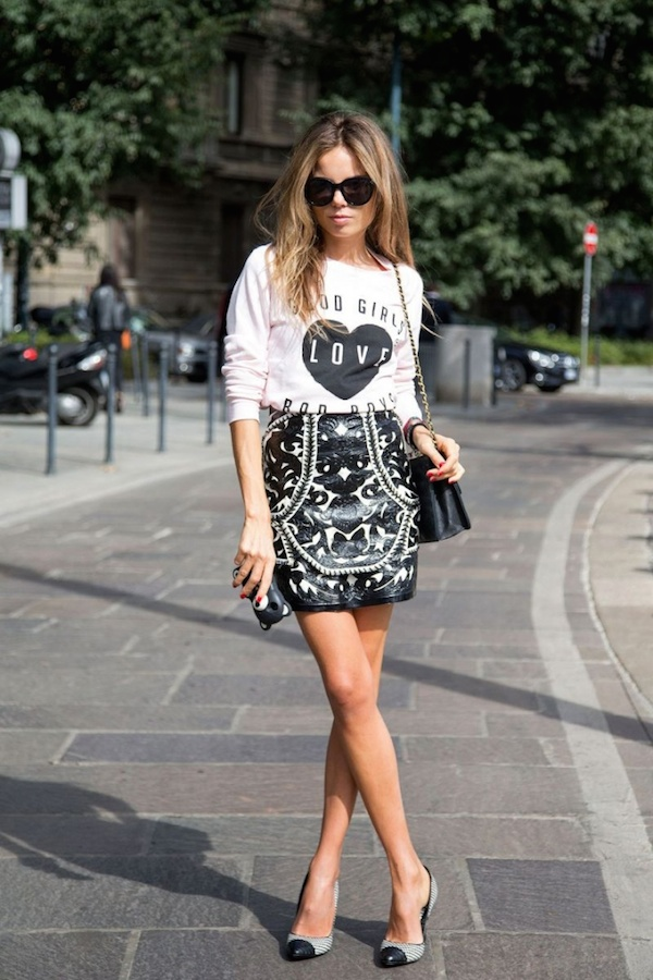 Street-Style-Slogan-Sweatshirt-Fall-Trend-Fashion-Glamazons-blog-2