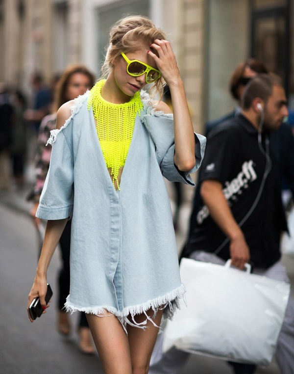 Style-Hawk-Denim-Shirt-Dress-Cut-Out-Shoulders-Neon-Necklace-and-Sunglasses-Spring-Trend-Glamazonsblog
