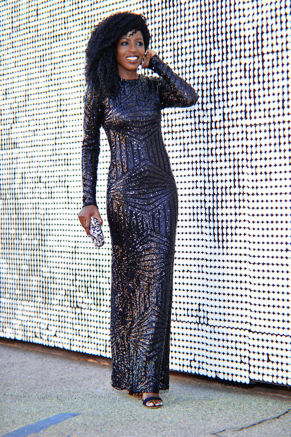 Style-Pantry-Floor-Length-Sequin-Dress-Holiday-Party-Glamazonsblog