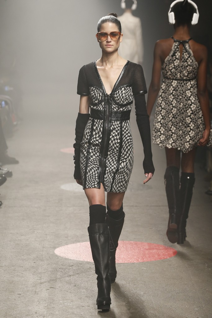 Tracy-Reese-Fall-2015-Collection-Houndstooth-Panel-Dress-Arm-Warmers-Leather-Platform-Boots-NYFW-Glamazonsblog