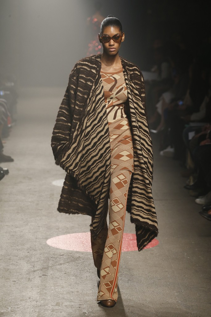 Tracy-Reese-Fall-2015-Collection-Printed-Pants-Under-Skirt-Deer-Print-Sweater-Fringed-Fur-Coat-NYFW-Glamazonsblog