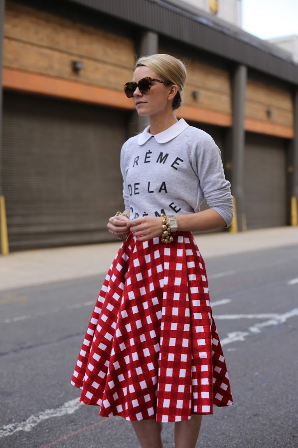 blair-eadie-atlantic-pacific-slogan-sweatshirt-gingham-print-street-style