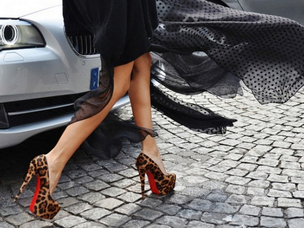 Fashion News: Your Heels Will Never Get Stuck in Cobblestone Again with HeelBopps