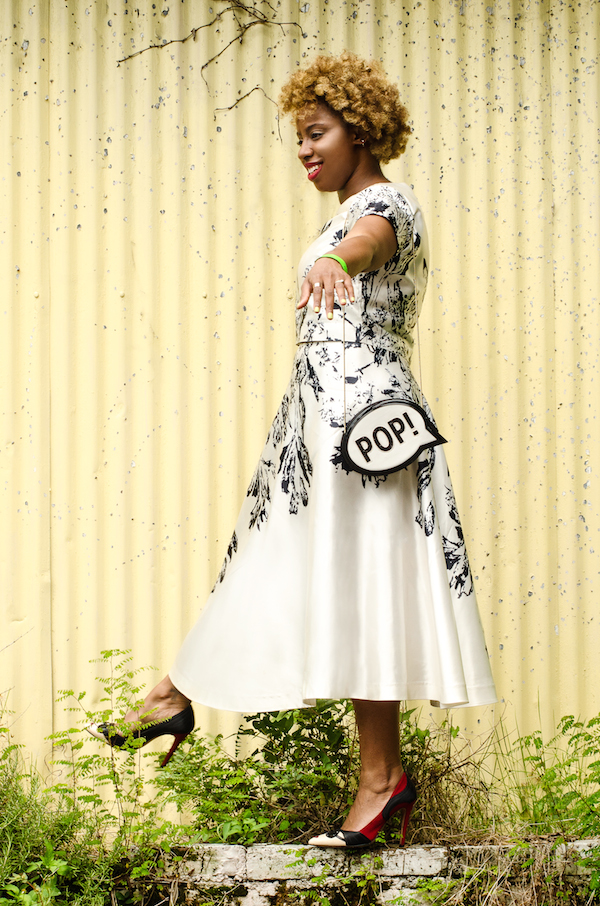 jessica-c-andrews-new-orleans-street-style-nha-khanh-crop-top-skirt-rent-the-runway-alice-olivia-stacey-pumps-kate-spade-pop-clutch-glamazons-blog-post