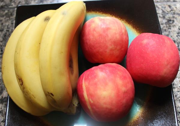 juicing-recipe-banana-apples-nutribullet-glamazon-fitness-glamazons-blog