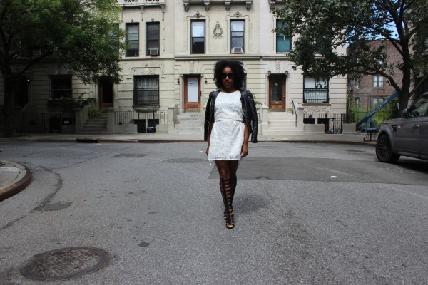 modcloth-white-dress-just-fab-messalina-gladiator-street-style-fab-friday-jessica-c-andrews-glamazons-blog