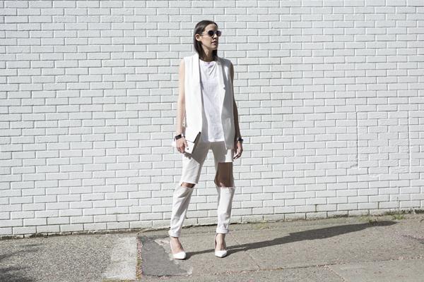 monochrome-street-style-white