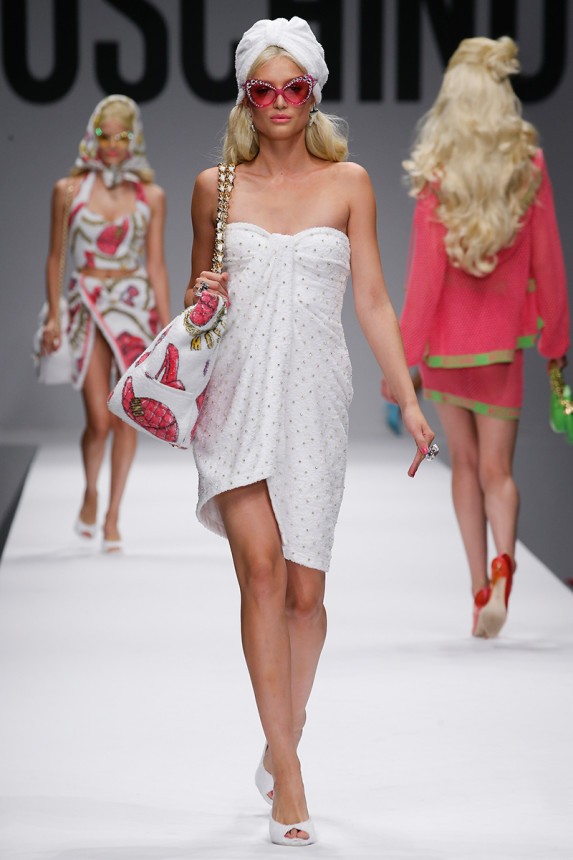 moschino-spring-2015-milan-fashion-week-glamazons-blog-19