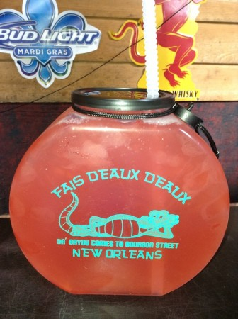 new-orleans-fishbowl-bourbon-street-glamazons-blog