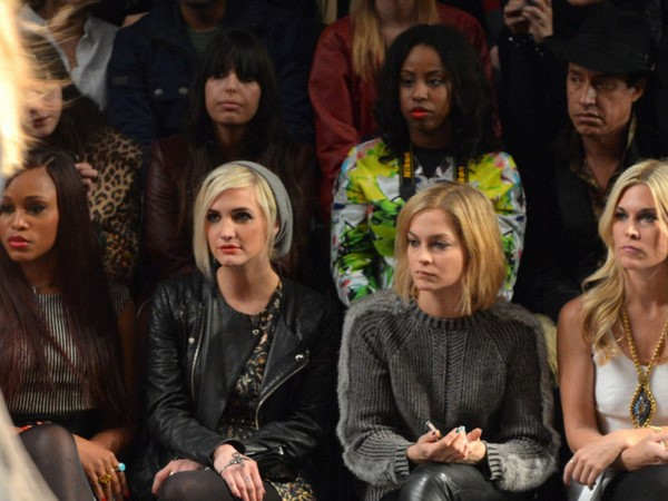 How To Deal With Rude People At Fashion Week #NYFW #AskTheGlamazons
