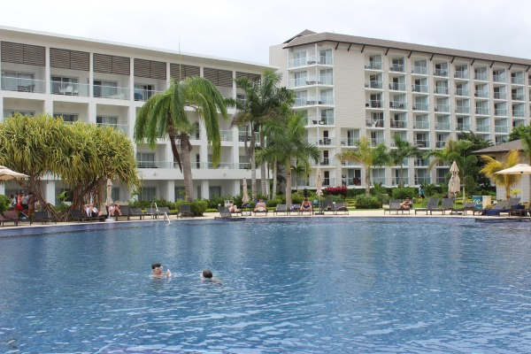 royalton-white-sands-resort-pool-jamaica-montego-bay-glamazons-blog