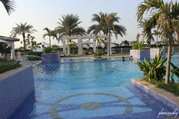 st-regis-abh-dhabi-nation-riviera-beach-club-glamazons-blog-2-post