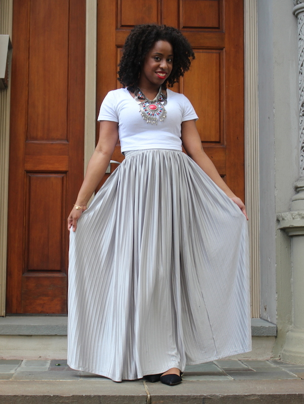street-style-american-apparel-crop-top-silver-maxi-skirt-hm-necklace-zara-flats-mac-riri-woo-glamazons-blog-10