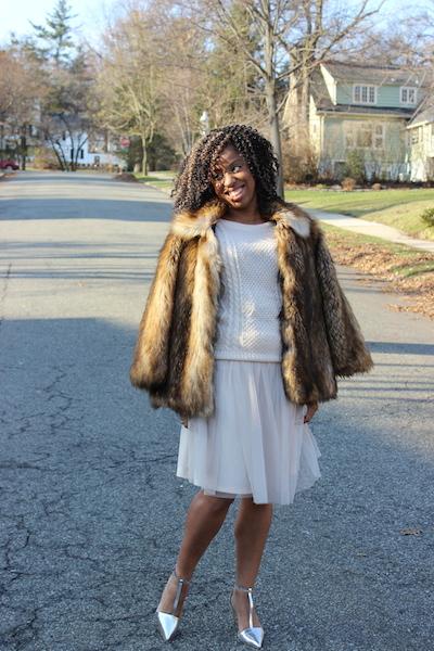 street-style-asos-faux-fur-jacket-romwe-cream-sweater-target-tulle-skirt-zara-silver-pointy-toe-pumps-glamazons-blog-2