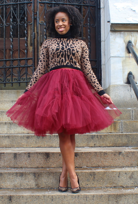street-style-asos-full-midi-skirt-in-mesh-oxblood-asos-cropped-sweater-with-roll-neck-leopard-just-fab-vivienne-jessica-c-andrews-glamazons-blog-5