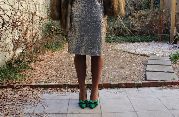 street-style-asos-fur-coat-express-sequin-skirt-just-fab-fairfield-mac-heroine-jessica-c-andrews-glamazons-blog-3