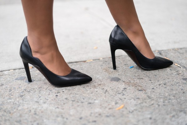 street-style-black-pumps-cole-haan-jessica-c-andrews-glamazons-blog