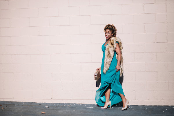 street-style-jessica-c-andrews-erin-fetherston-off-shoulder-gown-fur-stole-skinnydip-xmas-clutch-asos-christian-louboutin-embellished-pumps-dress-up-with-jess-glamazons-blog-4