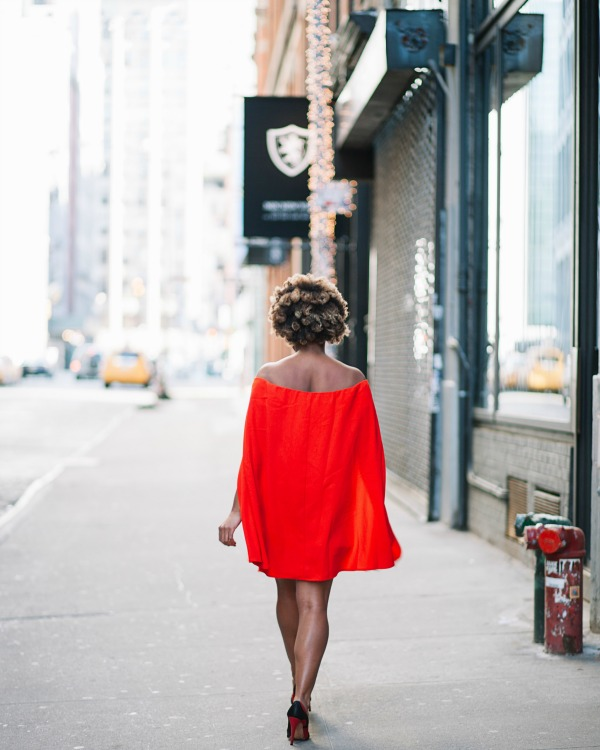 street-style-nasty-gal-cape-red-off-shoulder-dress-alice-olivia-stacey-face-pumps-pamela-barsky-new-york-clutch-dress-up-with-jess-glamazons-blog-post