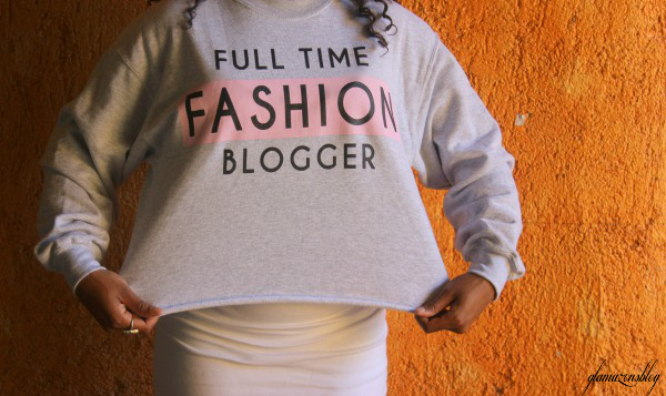 street-style-river-island-blogger-sweatshirt-full-time-fashion-blogger-glamazons-blog-edit