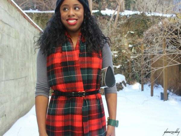 street-style-snow-belt-wrapped-around-scarf-plaid-scarf-patricia-field-money-clutch-beanie-hat-just-fab-zyree-glamazons-blog-6-edit