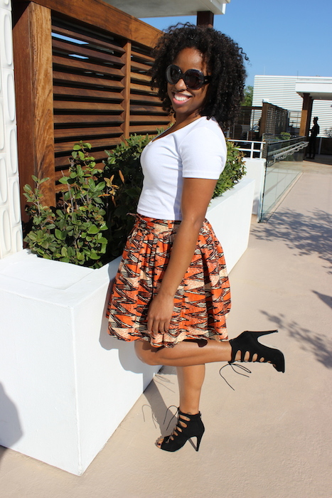 street-style-talking-texture-miami-african-skirt-american-apparel-crop-top-asos-lace-up-sandals-glamazons-blog-3