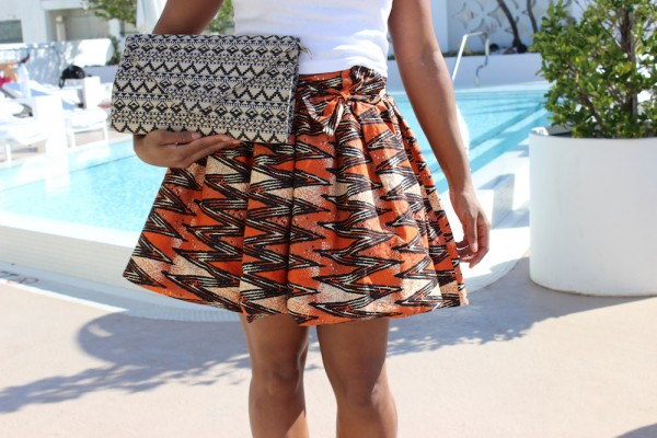 street-style-talking-texture-miami-african-skirt-american-apparel-crop-top-asos-lace-up-sandals-glamazons-blog-7