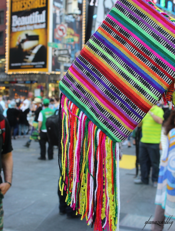 street-style-times-square-asos-woven-clutch-with-fringing-glamazons-blog