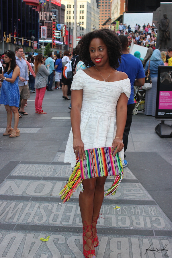 street-style-times-square-white-dress-just-fab-vernon-red-asos-woven-clutch-with-fringing-glamazons-blog-3-edit