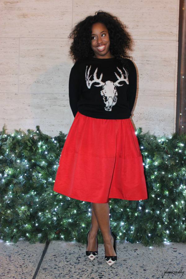 street-style-ugly-christmas-sweater-express-red-full-skirt-alice-olivia-stacey-face-pumps-5th-avenue-holiday-store-windows-new-york-city-jessica-c-andrews-glamazons-blog-2-edit