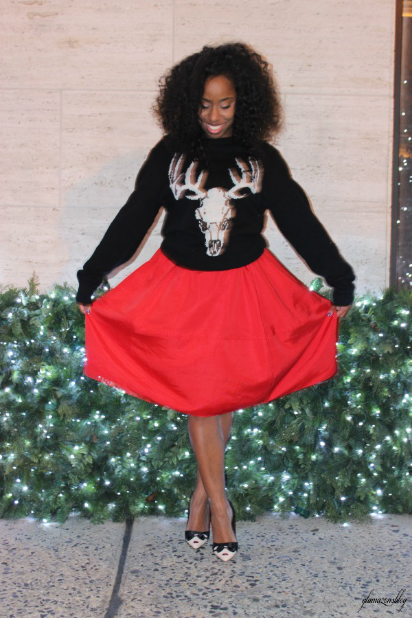 street-style-ugly-christmas-sweater-express-red-full-skirt-alice-olivia-stacey-face-pumps-5th-avenue-holiday-store-windows-new-york-city-jessica-c-andrews-glamazons-blog-3-edit