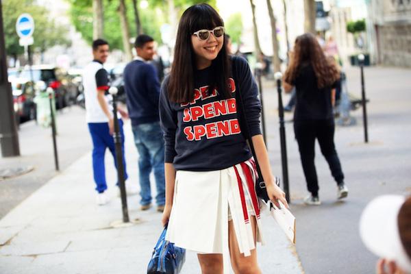 susie-bubble-slogan-sweatshirt-street-style-glamazons-blog