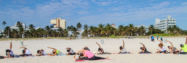 yoga-beach-glamazons-blog-2